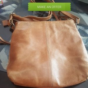 🐽Make an offer🐽  Cross over bag. Rugged leather